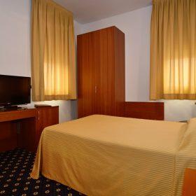 Camera Singola Francese Prealpi Hotel San Vendemiano