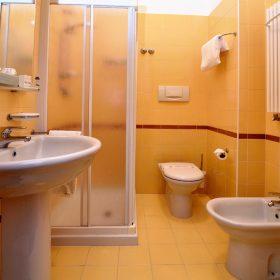 Bagno camera singola standard Prealpi Hotel san vendemiano